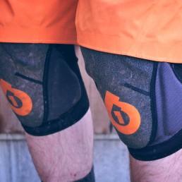 SixSixOne Knee Pads